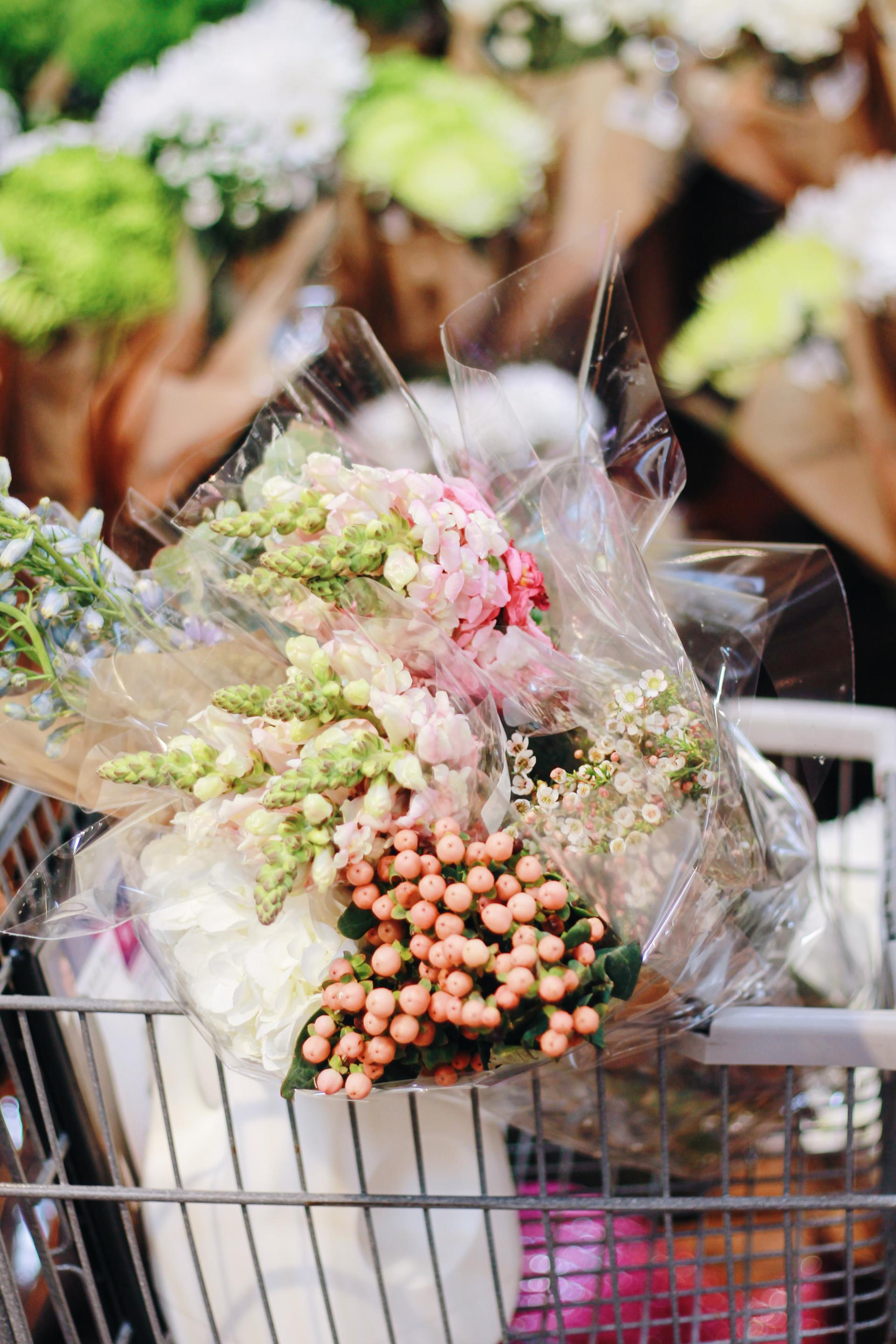 Make Your Own Bridal Bouquet: How To Make Your Own Wedding Bouquets